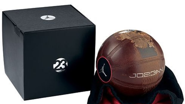 Nike - Limited Edition Jordan 23 Basketball