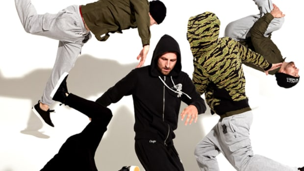 undftd-holida-2011-lookbook-00