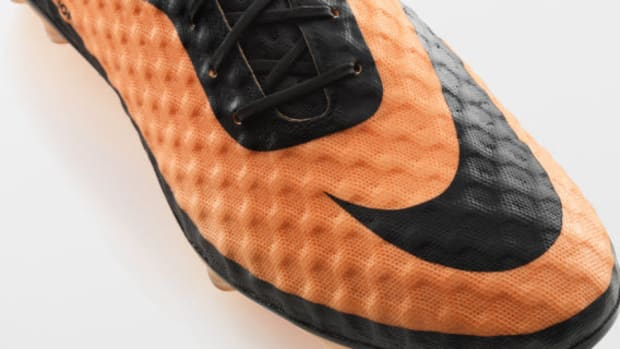 nike-hypervenom-boot-official-unveiled-0