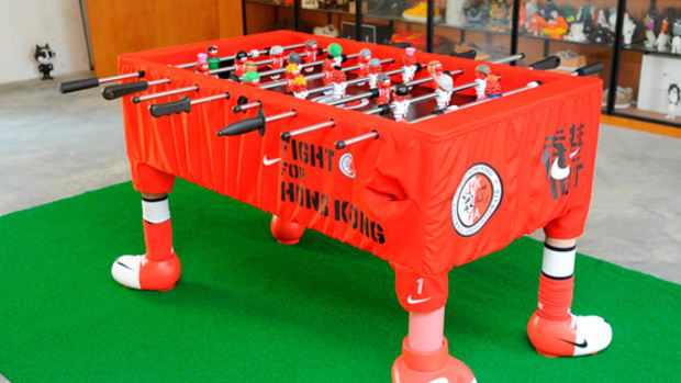 nike-michael-lau-hong-kong-fight-foosball-table-01