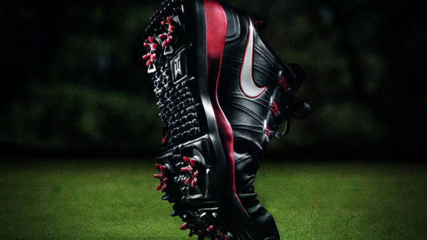 feature-nike-tiger-woods-tw14
