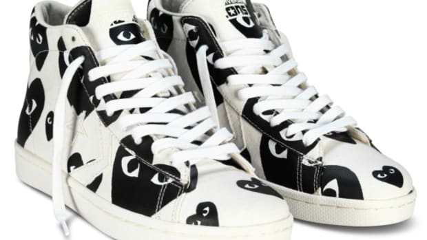 comme-des-garcons-play-x-converse-pro-leather-hi-01