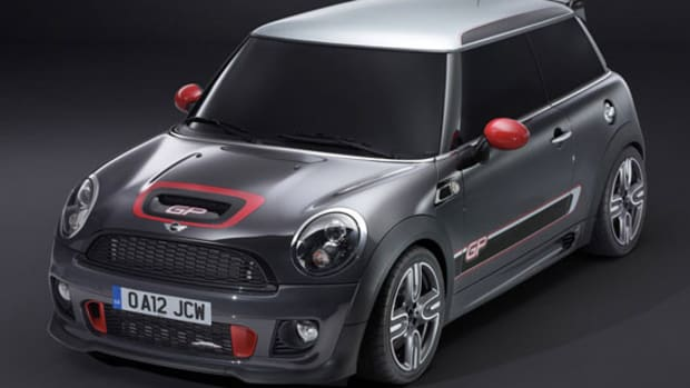 2013-mini-john-cooper-works-gp-01