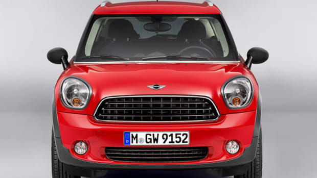 2013-mini-countryman-01