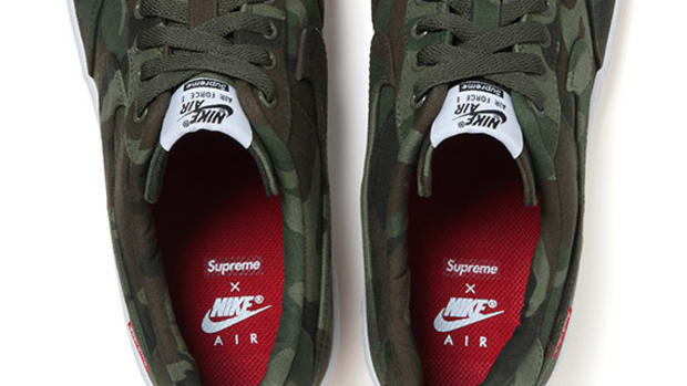 supreme-nike-air-force-1-fall-winter-2012-00