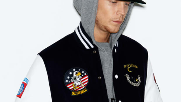 undefeated-holiday-2012-collection-lookbook-soldier-of-fortune-00