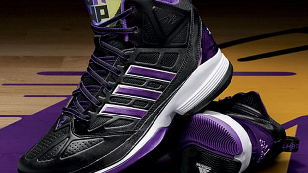 adidas-d-howard-light-dwight-howard-signature-los-angeles-lakers-01