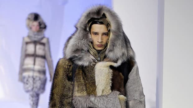 moncler-gamme-rouge-fall-winter-2013-runway-show-01