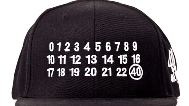 40oz-nyc-maison-martin-margiela-inspired-numbers-snapback-caps-available-white-00