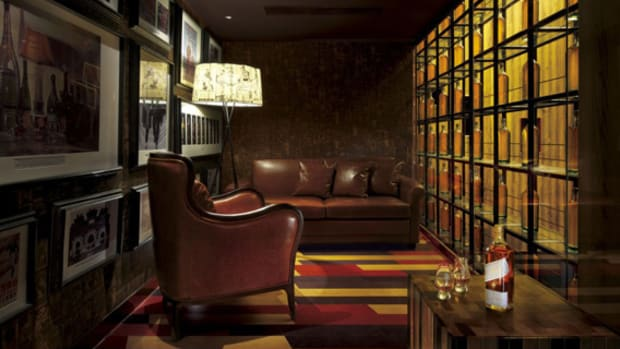 johnnie-walker-house-in-beijing-by-asylum-and-love-01