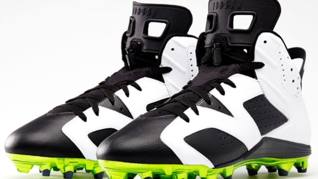 air-jordan-6-cleats-for-michael-crabtree-and-earl-thomas-01