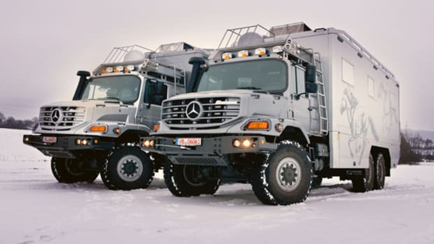 mercedes-benz-zetros-6-x-6-vehicle-01