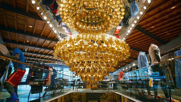 nike-f-c-chandelier-of-glory-moments-nike-harajuku-specialnormal-inc-00