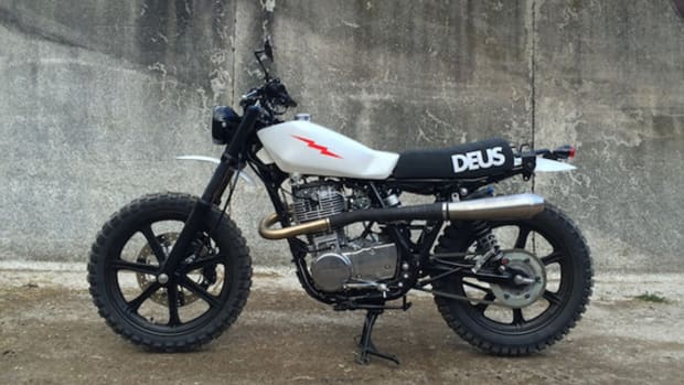 deus-ex-machina-lightning-400-a