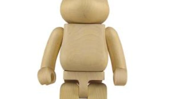 bearbrick_wooden_10th.jpg