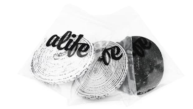 ALIFE x Reebok - Women's Designed in NYC Series 1 - Laces