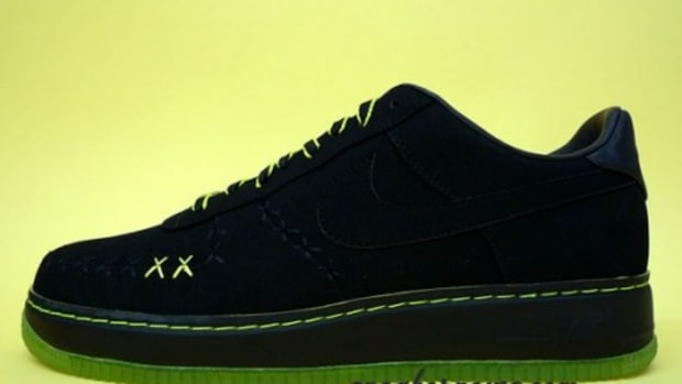 KAWS x Nike 1World Air Force 1 - In Detail
