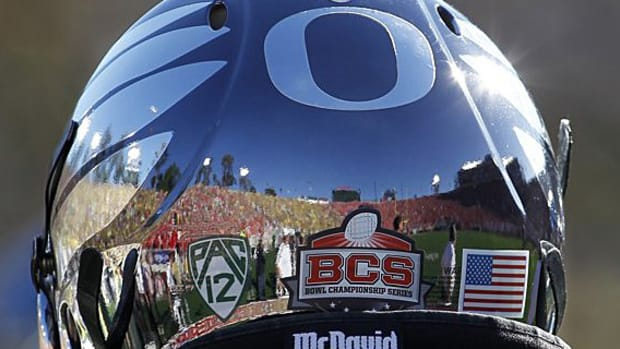 university-oregon-ducks-rose-bowl-00