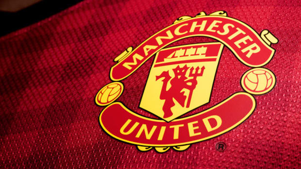 nike-football-manchester-united-home-kit-2012-2013-02