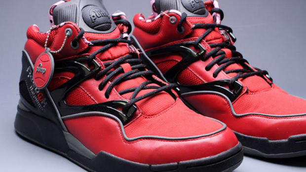 marvel-reebok-pump-omni-lite-deadpool-01