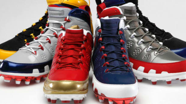 air-jordan-ix-nfl-cleats-collection-0