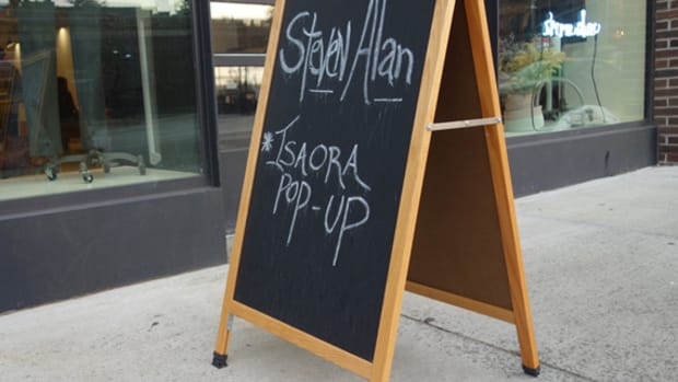 isaora-pop-up-store-steven-alan-chelsea-nyc-06