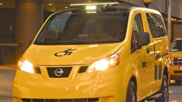 nissan-nv200-mobility-new-york-city-taxi-0