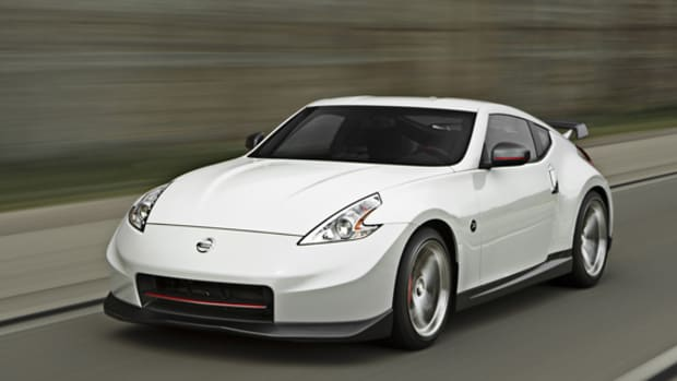 2014-nissan-370z-nismo-updated-01