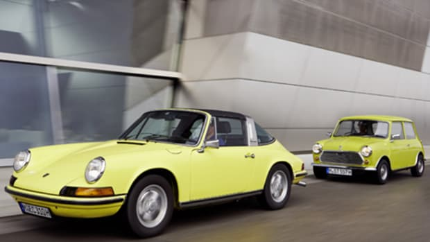 mini-congratulates-porsche-on-50th-anniversary-01