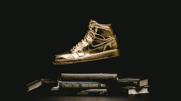 solid-gold-air-jordan-1-by-matthew-senna-00
