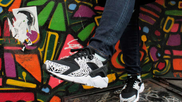 nike-huarache-run-print-gs-black-white-00