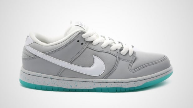 nike-sb-dunk-low-marty-mcfly-another-look-00