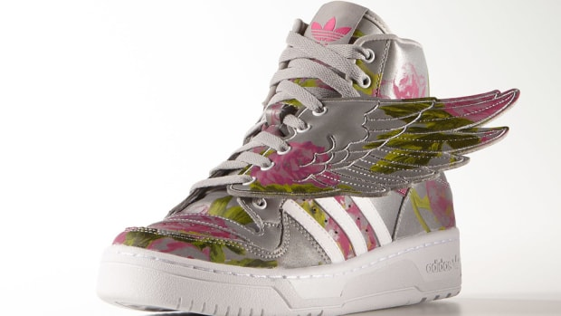adidas-originals-by-jeremy-scott-wings-floral-00
