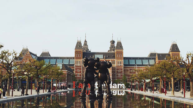 kaws-unveils-new-companion-sculptures-in-amsterdam-00