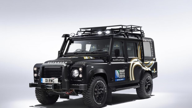 land-rover-bespoke-rugby-world-cup-defender-00