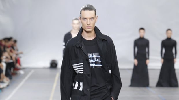 y-3-spring-summer-2016-collection-runway-show-00