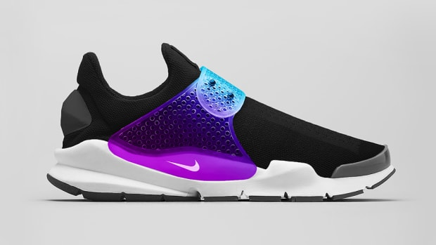 nikelab-sock-dart-black-grape-preview-00