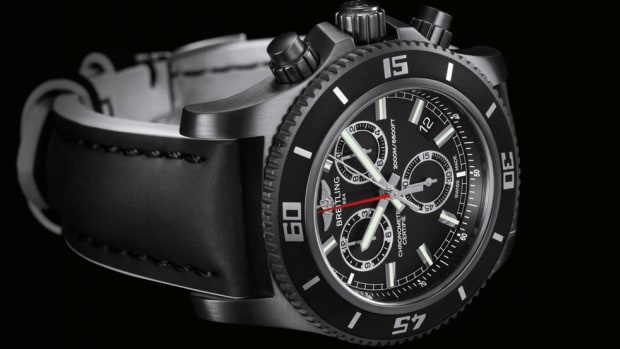 breitling-superocean-chronograph-m2000-blacksteel-00