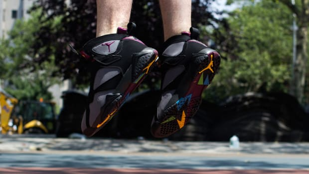 air-jordan-7-bordeaux-release-reminder-00