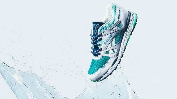 sneaker-politics-reebok-ventilator-lakes-pack-available-00