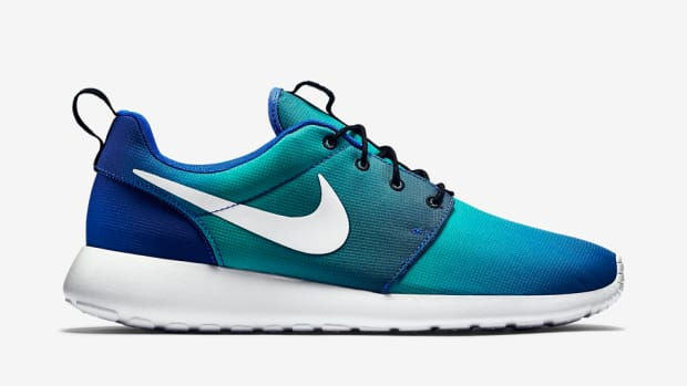 nike-roshe-one-print-game-royal-00