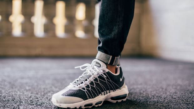nike-air-max-95-ultra-jacquard-wolf-grey-00