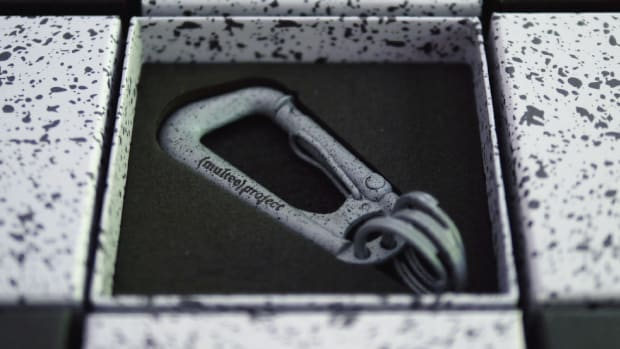 multee-project-type-2-carabiner-cement-00