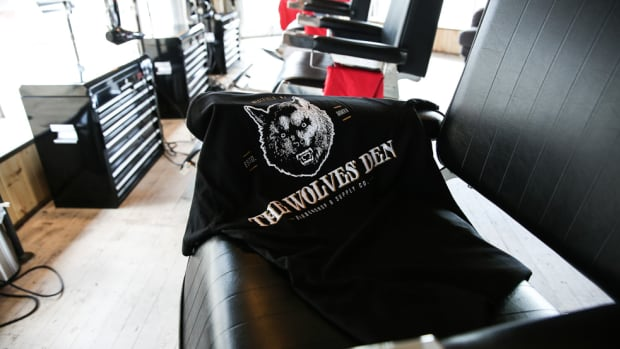 an-inside-look-at-wolves-den-barbershop-and-supply-co-00