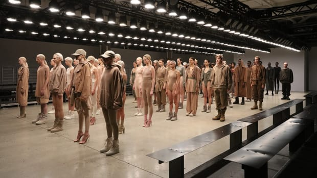 kanye-west-debuts-yeezy-season-2-at-nyfw-00