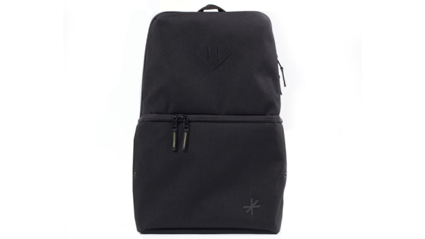 shrine-sneaker-daypack-00