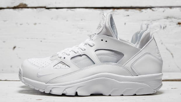 nike-air-trainer-low-triple-white-00