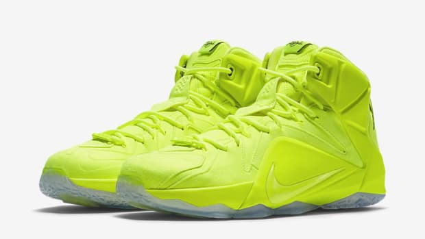 nike-lebron-12-tennis-ball-00