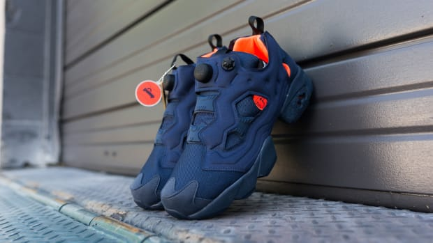 reebok-instapump-fury-tech-navy-solar-orange-00