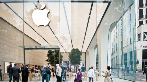 jony-ive-designed-apple-brussels-store-00